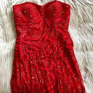 ✨  ASPEED red formal / prom beaded gown